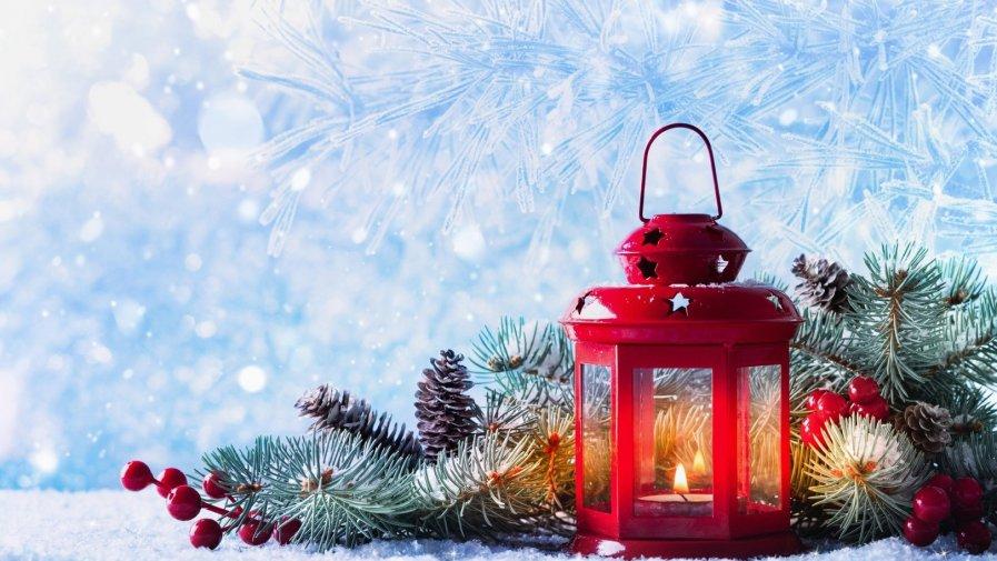 Grafika przedstawia kompozycję świąteczną